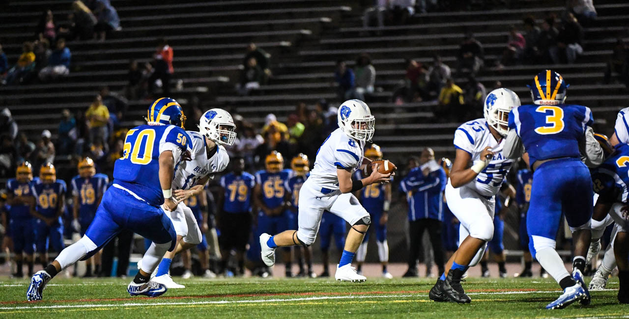 Christopher Tartamella runs up the middle against Allen in Allentown on Friday, August 31, 2018.